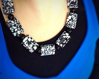 Black & White Necklace Set