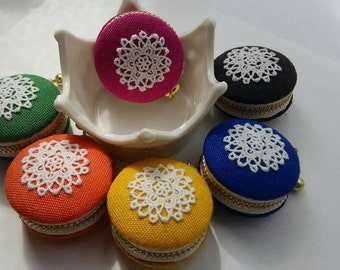 5 colours Linen with lace top  macaroon coin/jewellery case --please choose one colour
