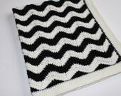 Retro Momochrome Wool Crochet Black & White Chevron Ripple Pattern Pram Cot Crib Nursery Car Blanket for Girl or Boy Ready To Ship
