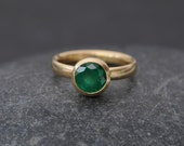 18K Gold Emerald Ring - Solitaire Emerald Ring - Natural Emerald Engagement Ring - Large Emerald 18K Gold Ring - Hand Made to Order