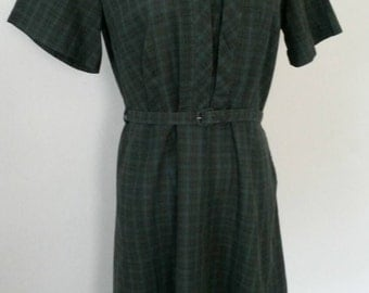 Vintage 60's Blue and Green plaid dress with belt L