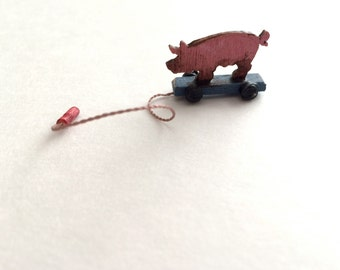 Little Piggy Pull Toy Dollhouse Miniatures 1""