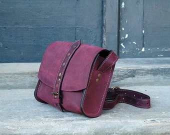Small leather handbag LITTLE PURPLE MESSENGER