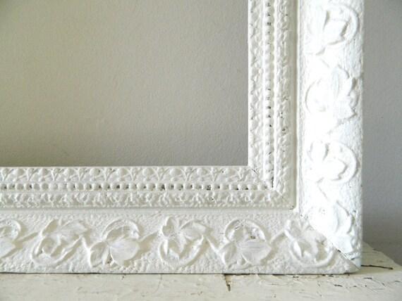 vintage grand cadre blanc bois fleuri shabby chic. Black Bedroom Furniture Sets. Home Design Ideas