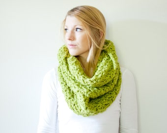The CHARLOTTE cowl - Chunky Cowl Scarf Shawl Hood - Apple - limited quantities