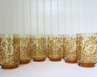 Vintage Harvest Gold - 14 Glasses - Raised Flower Pattern