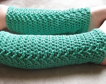 Arrow Girls Legwarmers Crochet Pattern Green
