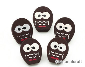 Wooden Bottons Set, Owl Shape,Red Color, 16 x 20mm Heigth -(5 in a set)(FN102)
