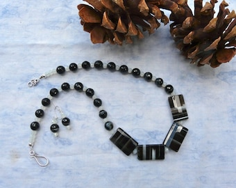 19 Inch Faceted Black Striped Agate Rectangle Bead Necklace with Earrings