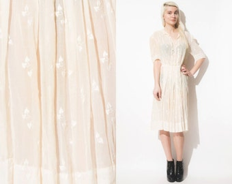 Vintage 20s 30s 40s White Sheer Cotton Dress // Crochet Trim // Embroidered