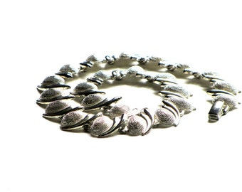 Vintage Silver Coil Link Necklace Shining and Textured  Mod Choker Mid Century All Season Jewelry