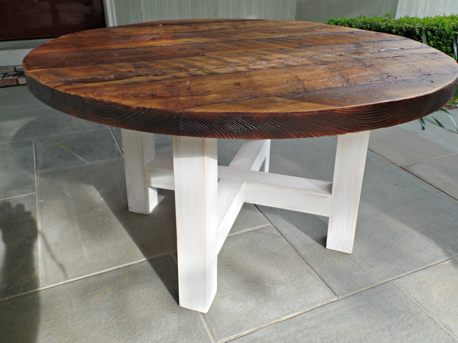 round reclaimed wood coffee table by swdesigns74 on etsy. Black Bedroom Furniture Sets. Home Design Ideas