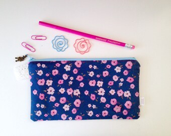 Floral Ditsy Divided Pencil Case (exclusive design)