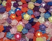 "20 Iridescent Rainbow Colored Flower Sewing Buttons - grab bag of bulk flower buttons, size 9/16"", shank back, lots of color"