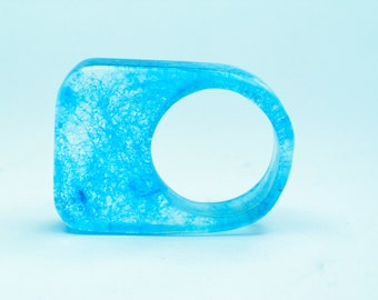 Resin ring. turquoise. blue. marine. ombre. Modern jewelry. Cocktail ring. comtemporary Chunky resin. resin jewelry. clear ring OOAK