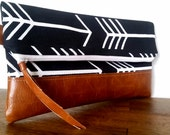 ws#33 Folding Clutch-Black & White Arrows
