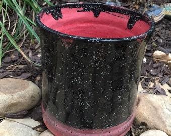 Black and red Utensil Holder, utensil holder, ceramic vase, vase centerpiece, ceramic utensil holder, black and red, clay utensil holder