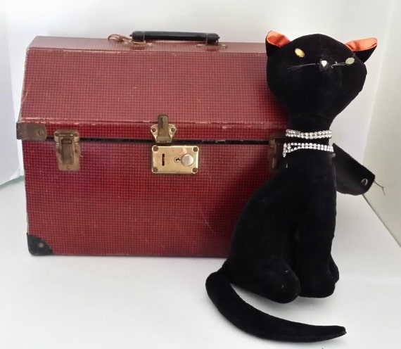 Vintage pet carrier for small dog or cat red and black checked