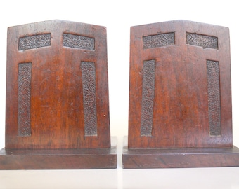 Craftsman Arts and Crafts Wood Textured Bookends
