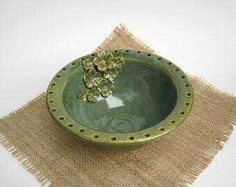 Green Jewelry Bowl - Earring Holder