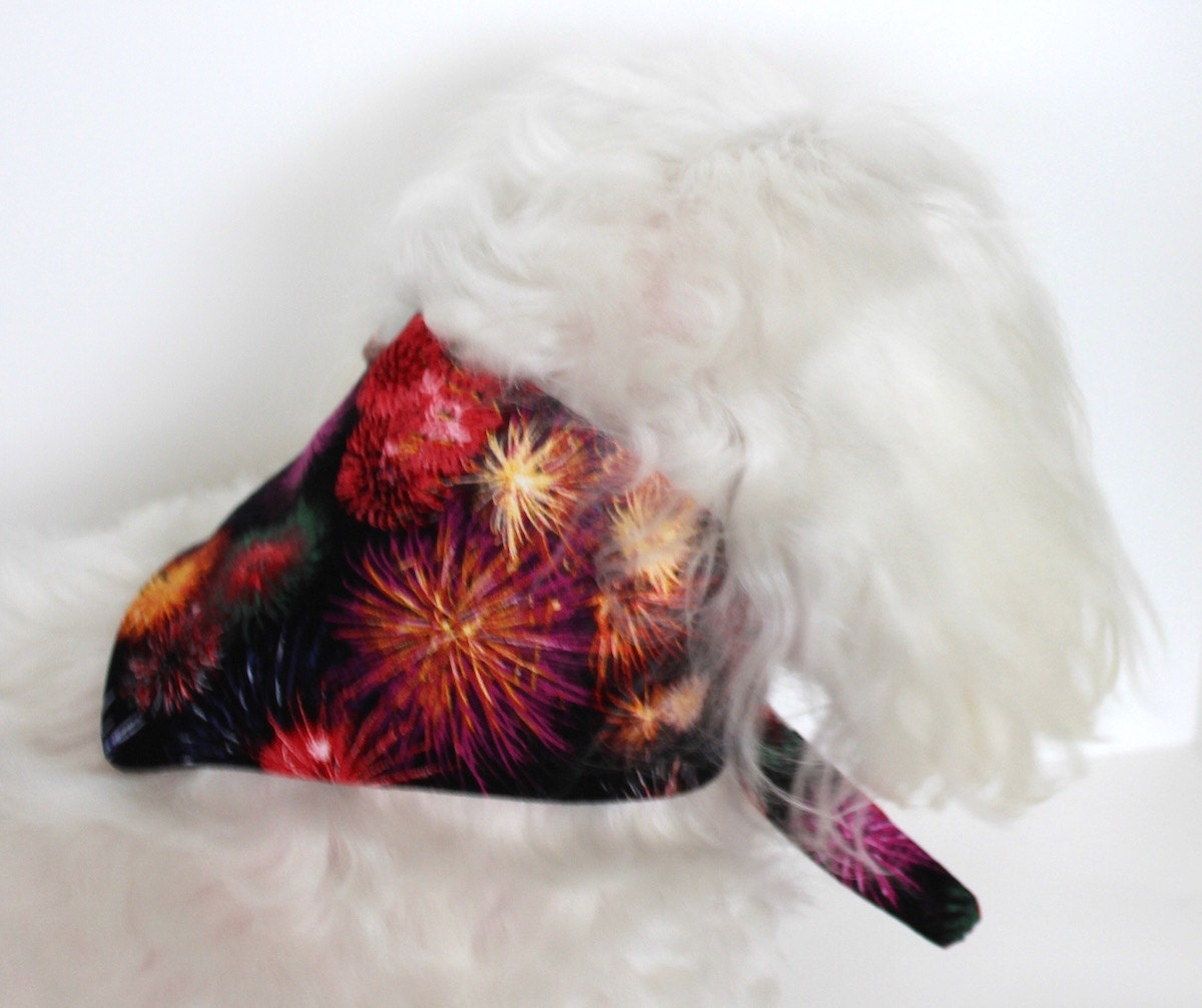 dog accessories, dog supplies, dog bandana for holidays