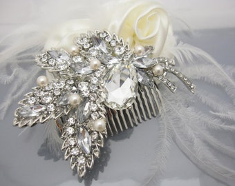 Wedding hair comb pearl Wedding hair comb hair accessory Wedding hair comb hair jewelry Wedding hair comb hairpiece Bridal hair comb pearl