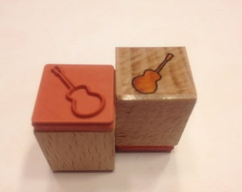 Tiny gittare rubber stamp, 18 mm (SB1)