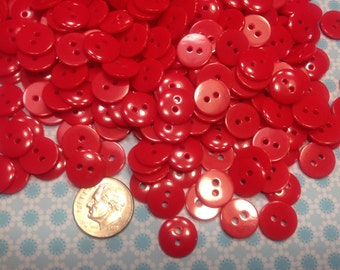 40 small lipstick red 2 hole acrylic buttons, 11 mm (15)