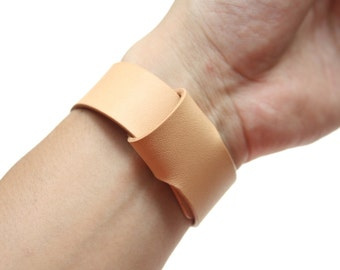 Apple Watch Leather Band - Italian Leather in Natural Beige ( Free Shipping Worldwide)
