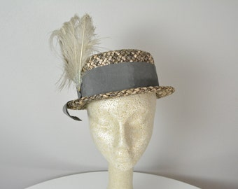 Vintage 1950s 50s Taupe and Grey Woven Hat with Ribbon and Feathers
