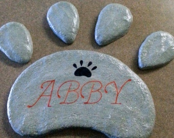 Pet Memorial, Dog Grave Marker, Cat Grave Marker, Dog Paw, Paw Print Stepping Stone, Concrete Stone