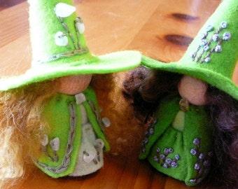 Spring Wool Felt Witch, Peg Doll Witch, Waldorf Inspired, Waldorf Art Doll