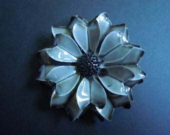 Gray Black Flower Enamel Brooch Pin Vintage