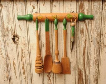 Vintage Wooden Kitchen Utensil Set with Hanging Rack