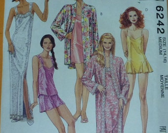 Vintage McCall's Pattern 6242  Misses' Robe and Nightgown in Two Lengths, Camisole, Shorts and Teddy Sizes 14-16