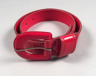 80s vtg red parent leather skinny fashion belt sz XS 24-27