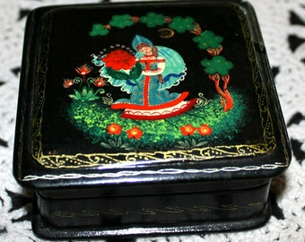 Russian  Black Laquer Paper Mache Box Hand Panted in Folk Art Style
