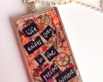 Steampunk Motivation Inspiration Happy Positive Pendant/Message 'Be the Reason Someone Smiles Today'