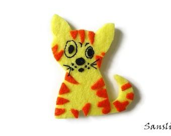 Felt brooch-brooch felt-felt pin-felt cat brooch-cat brooch-animals brooch-felt jewelry-felt accessories-yellow cat brooch