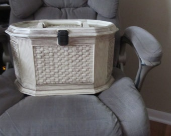 Vintage Lerner Sewing Box, Faux Wicker Plastic Chest with Tray