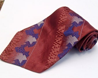 Vintage 1950s Mauve and Purple Rayon Tie with Geometric Pattern Towncraft