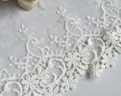 2 yards embroidered flower edges lace.  Dress skirt clothes bottoming.  Veil gloves making.  DIY supply.