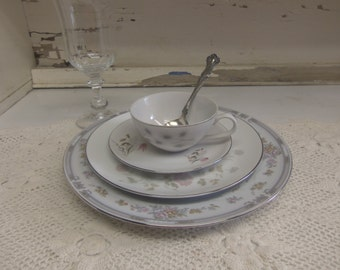 4 Piece Vintage Mismatched China and Goblet Set Wedding China Rogers Spoon Included B1033C