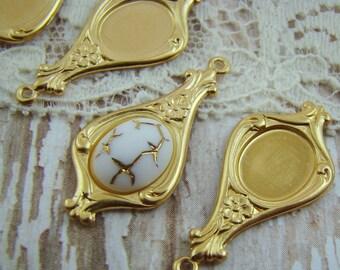 Art Nouveau Brass Earring Drop with 10x8mm Oval Setting - 4