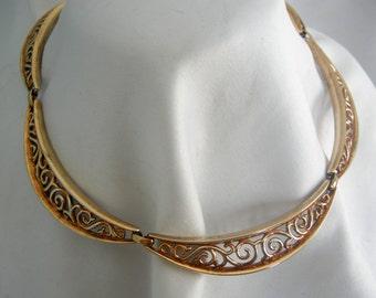 Gold Tone Filigree Link Choker Necklace | Signed TRIFAR Pat Pending | Vintage 1970's