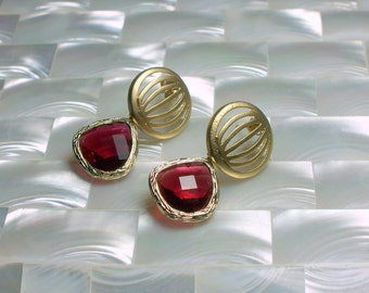 Post Earrings Glass Drop Dangle Earrings Ruby and Gold Earrings Deep Pink Fashion Jewelry Modern Jewelry