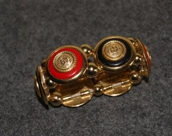 LIZ CLAIBORNE Gold Tone Crest Style Stretch Bracelet Jewelry FREE Shipping