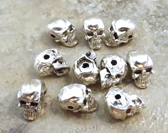 10 Pewter Silver Plated 5.5mm Skull Beads with a Horizontal Hole - 3567