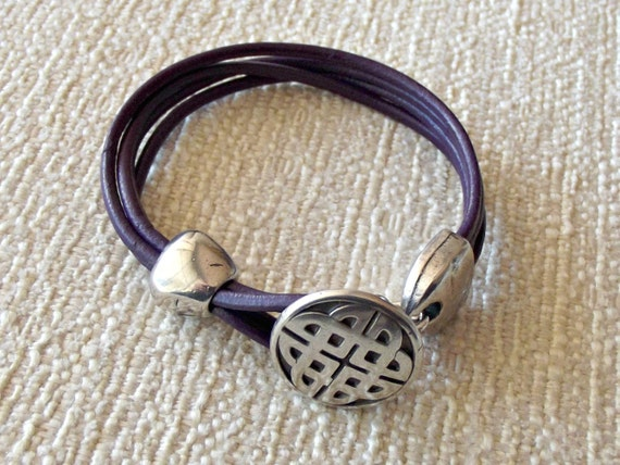 celtic bracelet celtic love knot celtic jewelry celtic. Black Bedroom Furniture Sets. Home Design Ideas