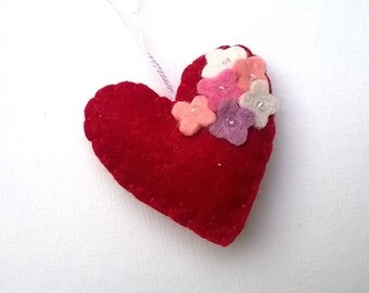Heart ornament - felt ornaments - Flowers